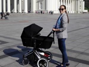 """Agneta Skardžiuvienė: susilaukus dukrelės išgirdau ultimatumą – """"darbas arba vaikai"""""""