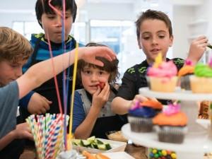Šventinė rugsėjo 1-oji: paruoškime vaišių stalą mažiesiems