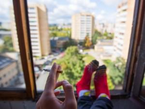 Gūžčioja pečiais: kur galėsime rūkyti?