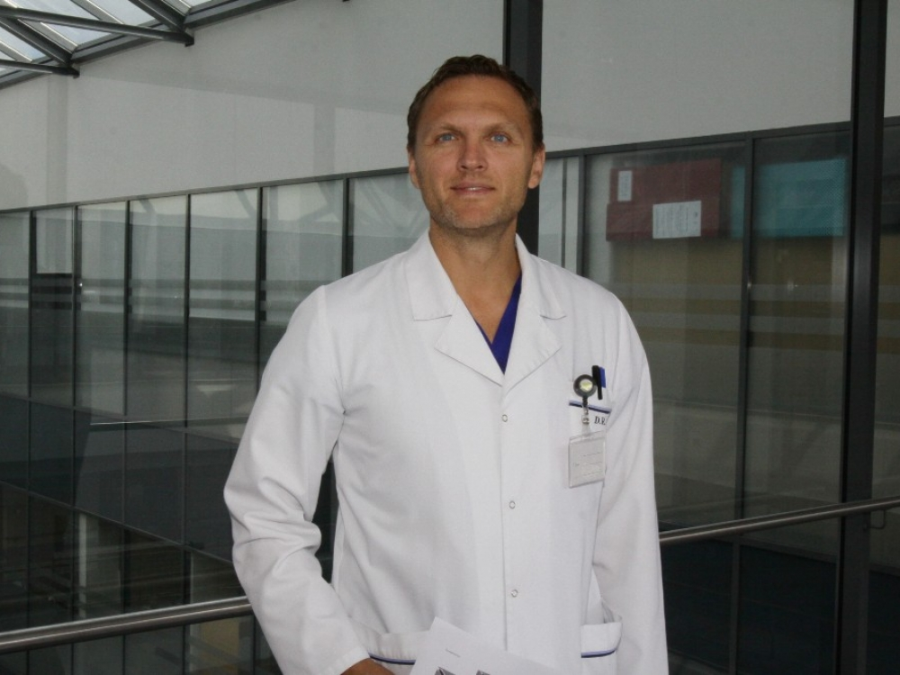 """Dr. Darius Rauba: """"Anksčiau gydytojas buvo Dievas"""""""