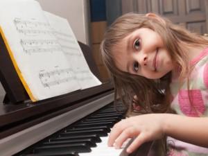 Popamokinę veiklą turi rinktis vaikas – padėkime jam