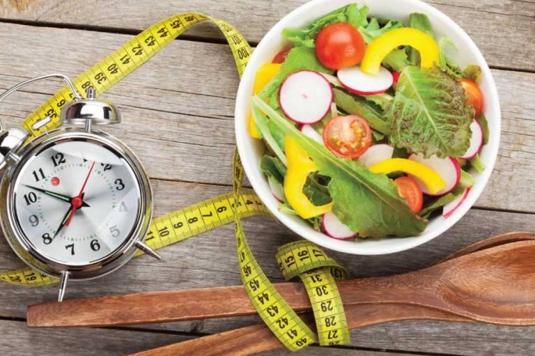 Protarpinis badavimas – ne tik svorio metimui
