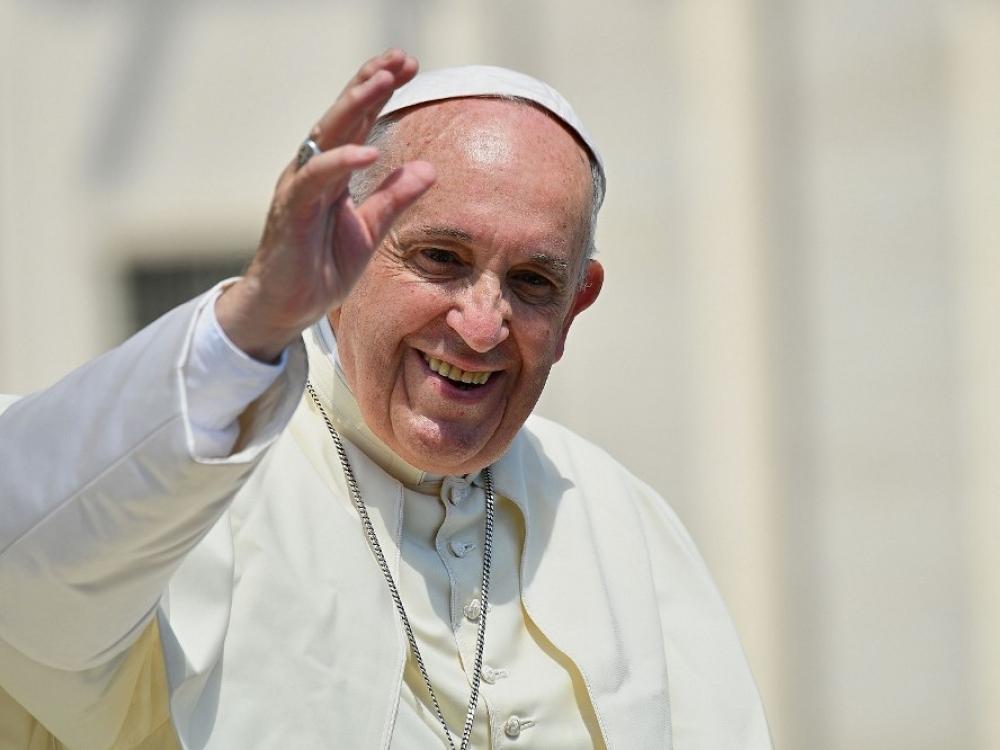 Paskui popiežių – gydytojas su dviem lagaminais