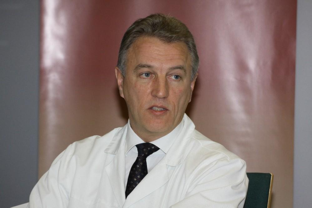 Korupcija įtariamas K.Strupas atleistas iš Santaros klinikų vadovo pareigų