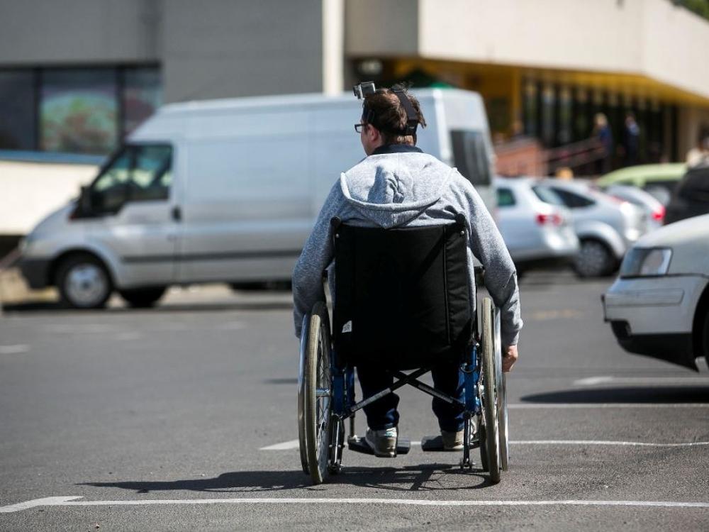 Pasiūlė, kaip skatinti sunkiausią negalią turinčių žmonių užimtumą
