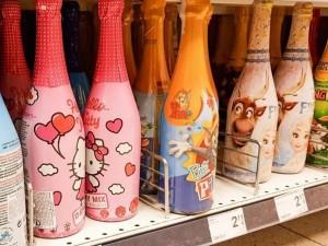Seimo komitetas – už vaikiško šampano pakuotės draudimą