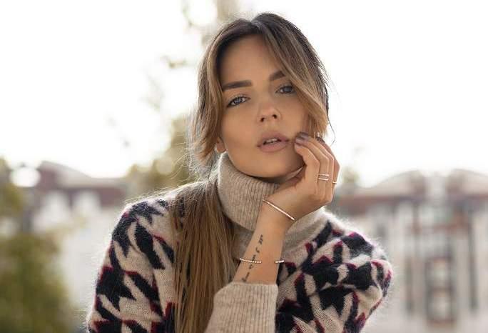 """Simona Burbaitė: """"Nebuvau gražuolė, dėl kurios alpsta klasės berniukai"""""""