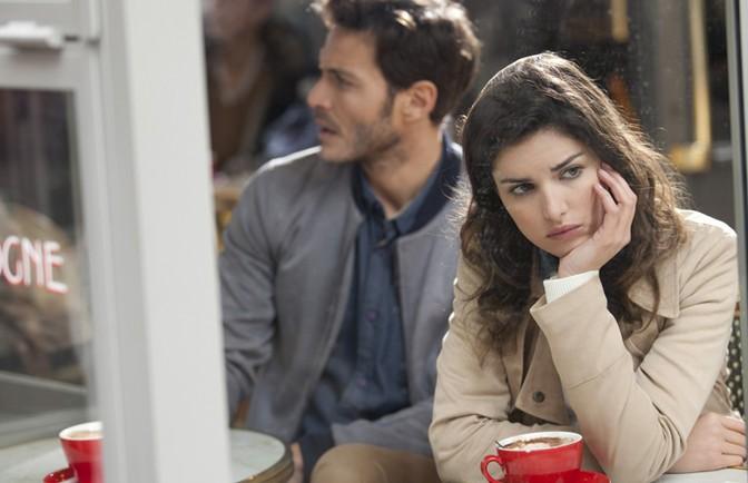 Vaikystėje nemylėtos moterys pasirenka netinkamus partnerius