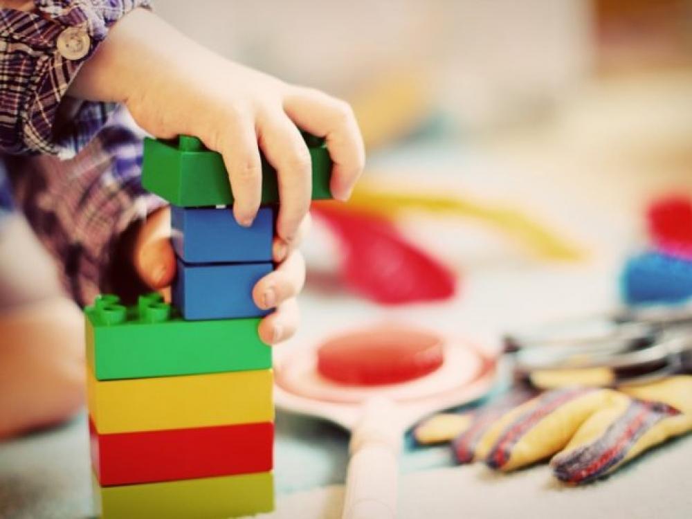 Nežymių sveikatos sutrikimų turintys vaikai privalės būti priimami į darželį