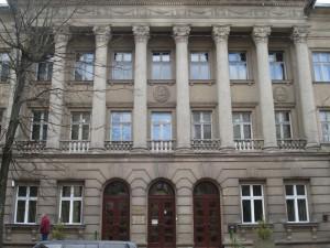 Kieno interesus palietė Medicinos bibliotekos uždarymas?
