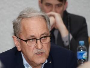 Pinigus pasisavinusi buvusi Lietuvos gydytojų vadovų sąjungos buhalterė kalėjimo išvengė