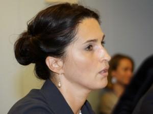 VTEK atidėjo klausimą dėl Karoliniškių poliklinikos direktorės galimo interesų konflikto