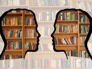"""Knygų lentyna """"Rinkis gyvenimą"""""""
