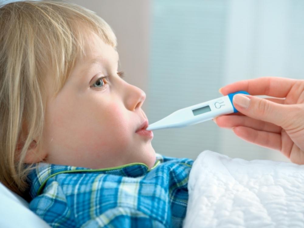 Vaikas karščiuoja: kada skubėti pas gydytoją